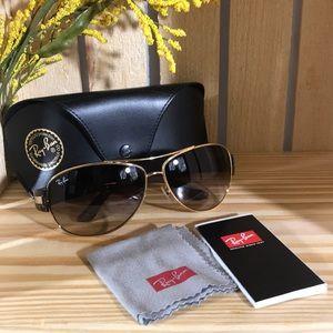 Ray•Ban Sunglasses